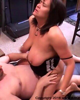 Big Tit Big butt ass-fuck Mature Latina mummies