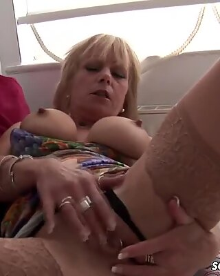 Mature british ash-blonde takes on FAT massager