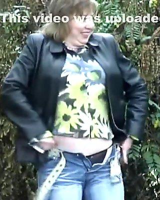 Exotic Amateur video with Public scene