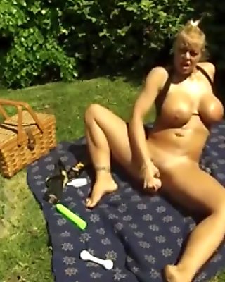 My masturbation in a public park