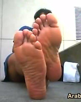 Cute Arab Girls Stinky Feet Outside
