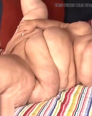 Big beautiful woman free porn