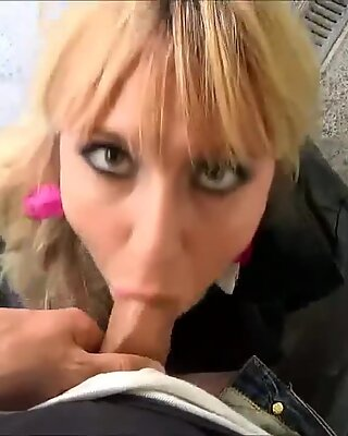 blond give red-hot oral pleasure in public pornforgeek.com