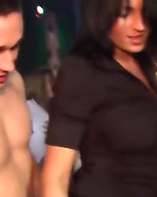 Naked Males strippers fuck girls