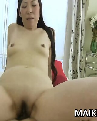 Yumiko Morisaki: JAV Wife Having Sex With A Stranger