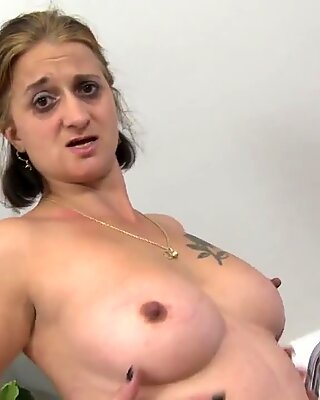 Mature Letisha with big ass and huge sex hunger