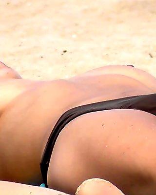 Best Topless Beach btb_03_0188m
