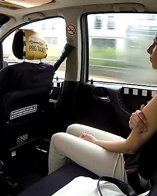 Sexy amateur woman in pink underwear gets fucked in the cab