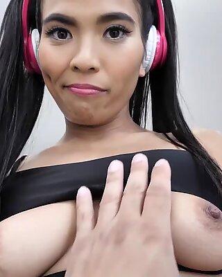 Jada Kai Her Popping Pussy Taking Cock